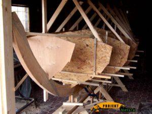 budowa drewnianej łodzi